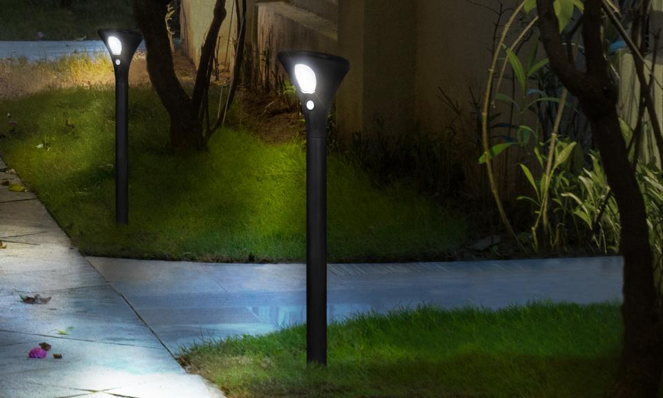 Lampe borne solaire 2 en 1