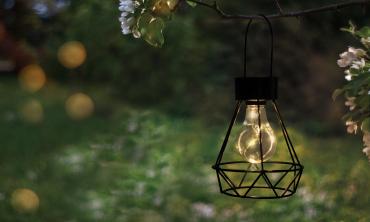 Lanterne solaire géometrique noire